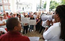 Sindilimp-BA em ação: Manifestação e paralisação de terceirizados na UFBA